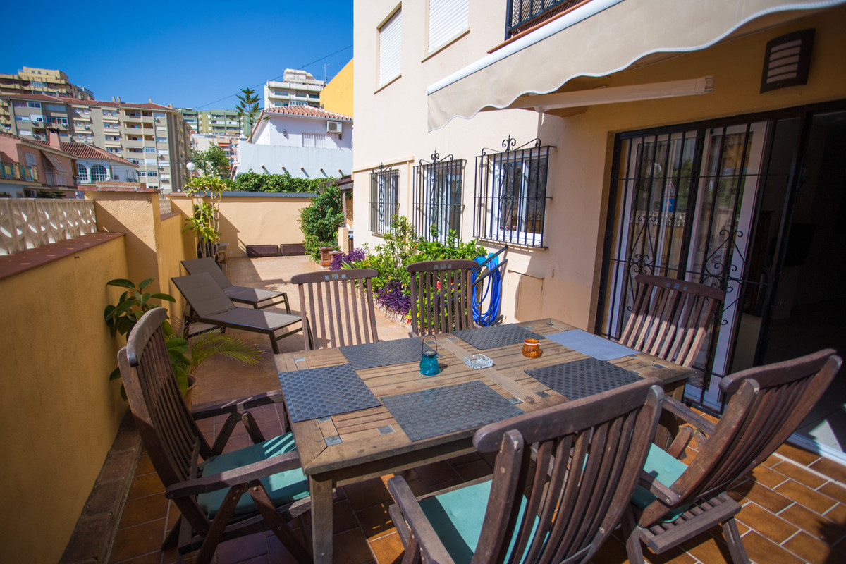 For sale 3 bedroom 2 bathroom ground floor apartment in Los Boliches. It has a 100m² fenced yard wit,Spain