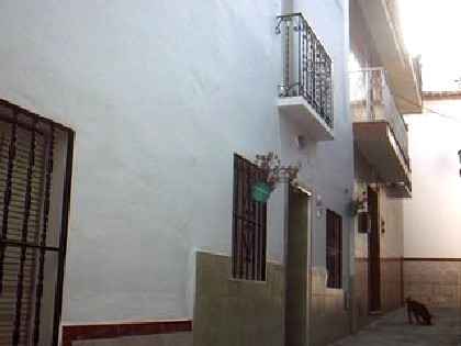 Terraced House - Guaro