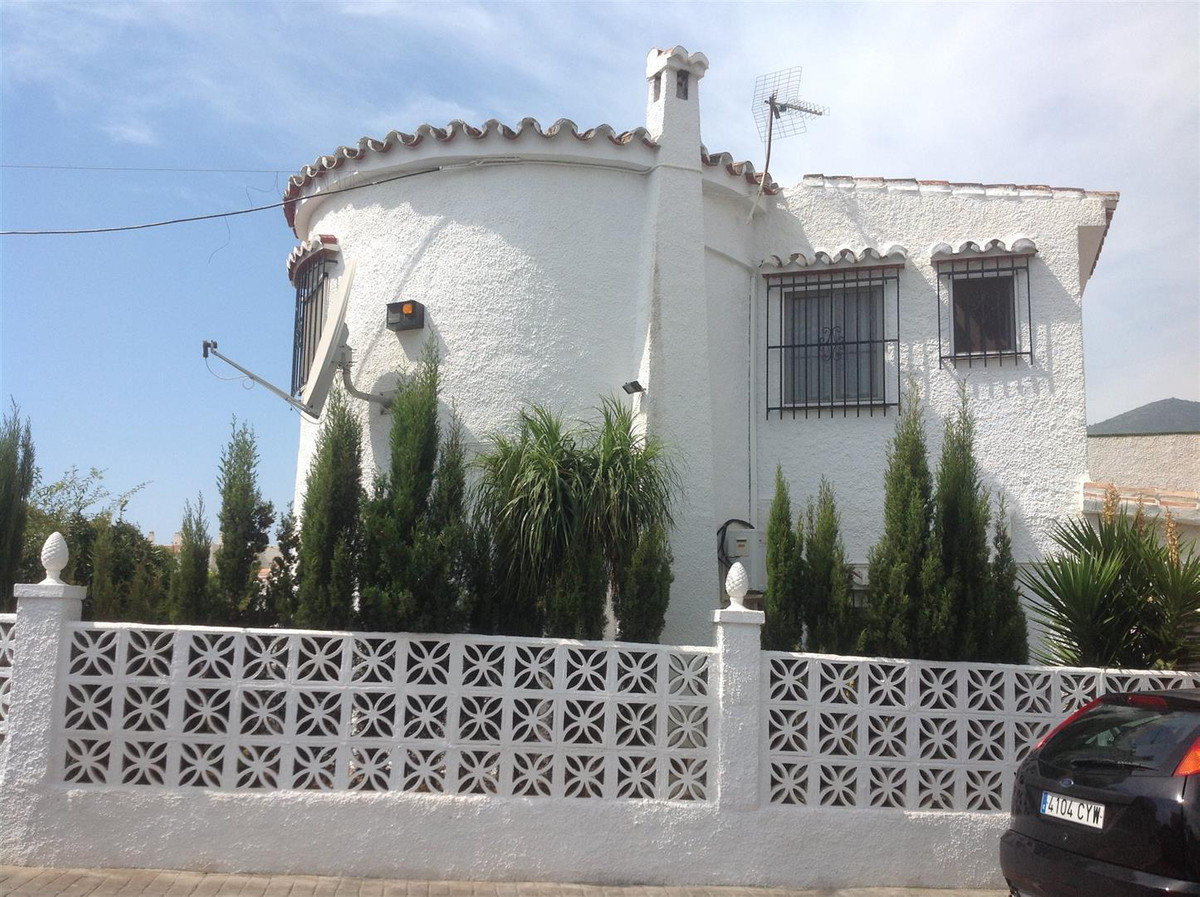 A recently renovated large corner townhouse with private garage and storeroom in Arroyo de la Miel. ,Spain