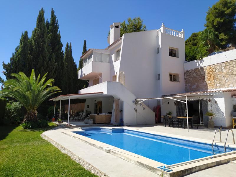 Villa – Chalet a la venta en Mijas Costa – R2693882