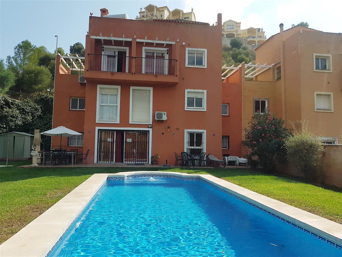 A large detached villa in Sierrezuela with a 2 car off street car port. The house is entered via a h, Spain