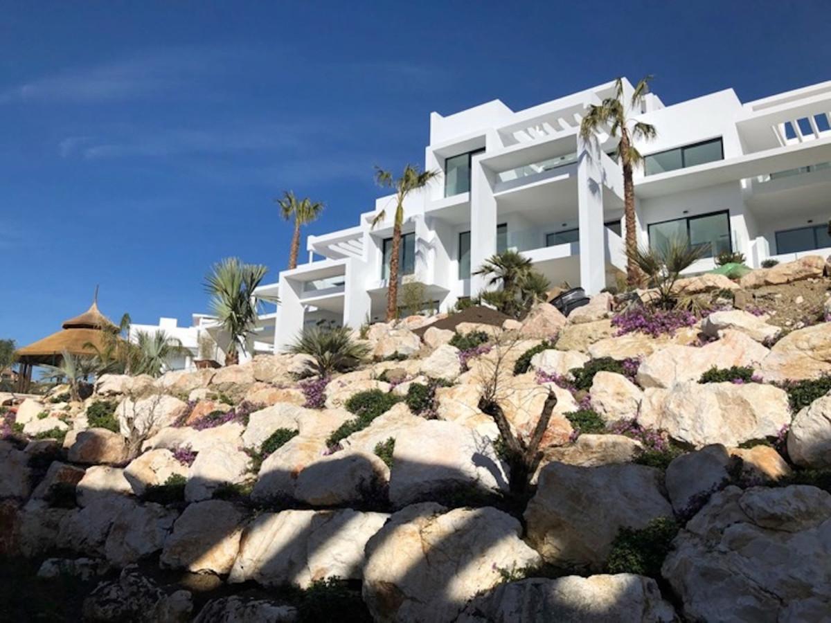 Marbella Banus Apartamento Planta Media en Venta en Benahavís – R3370843