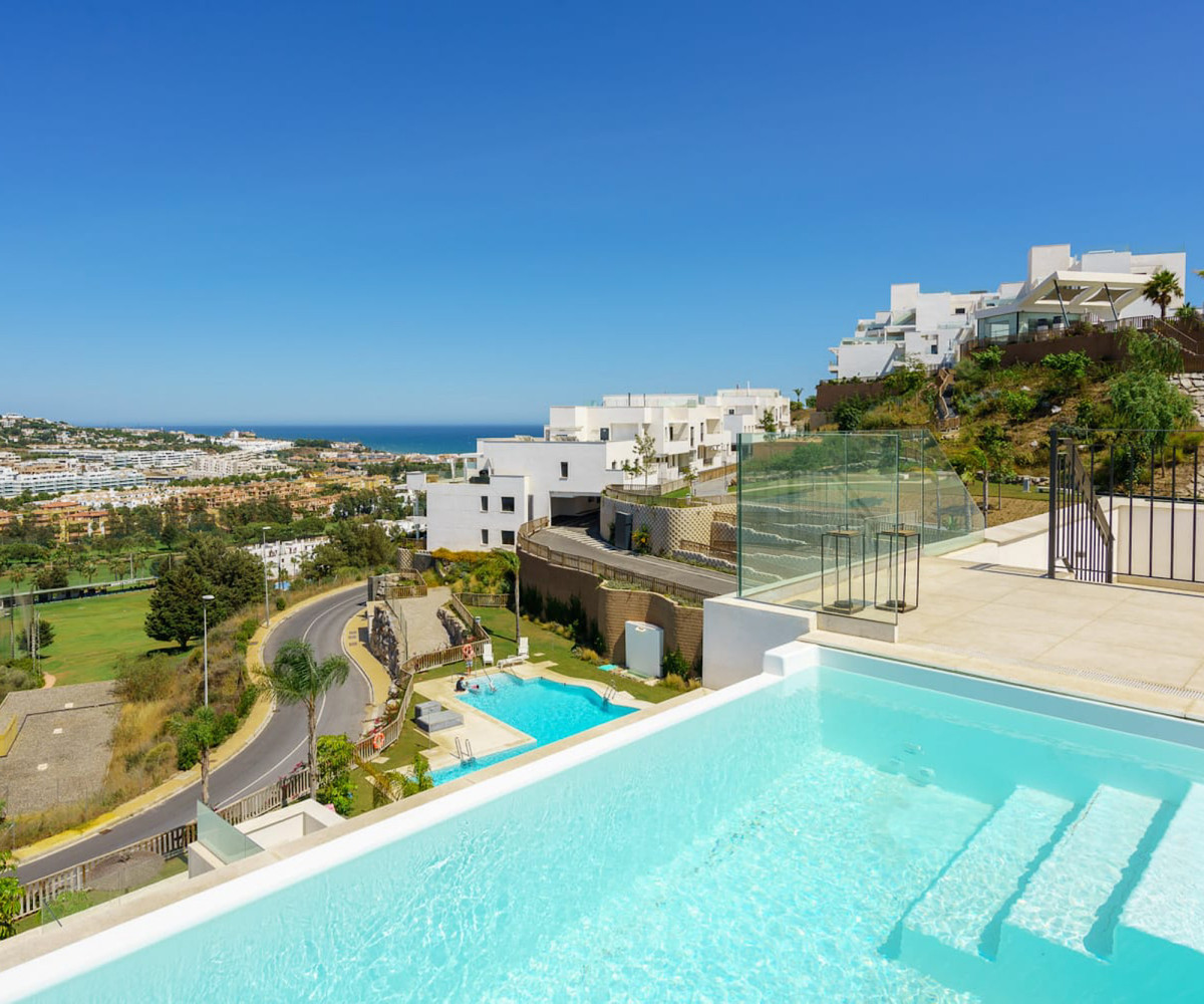 Stunning brand new luxury 4 bed penthouse with stunning sea views and a private infinity pool.  This, Spain