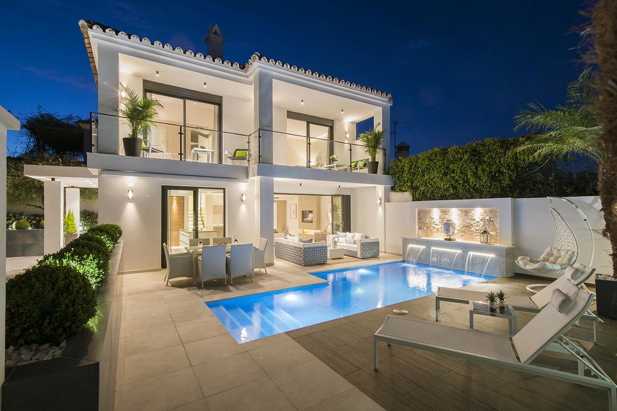 Stunning and beautifully appointed Villa that has been completely renovated and transformed into an ,Spain