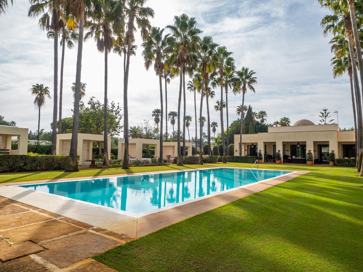 Detached Villa · Sotogrande Costa