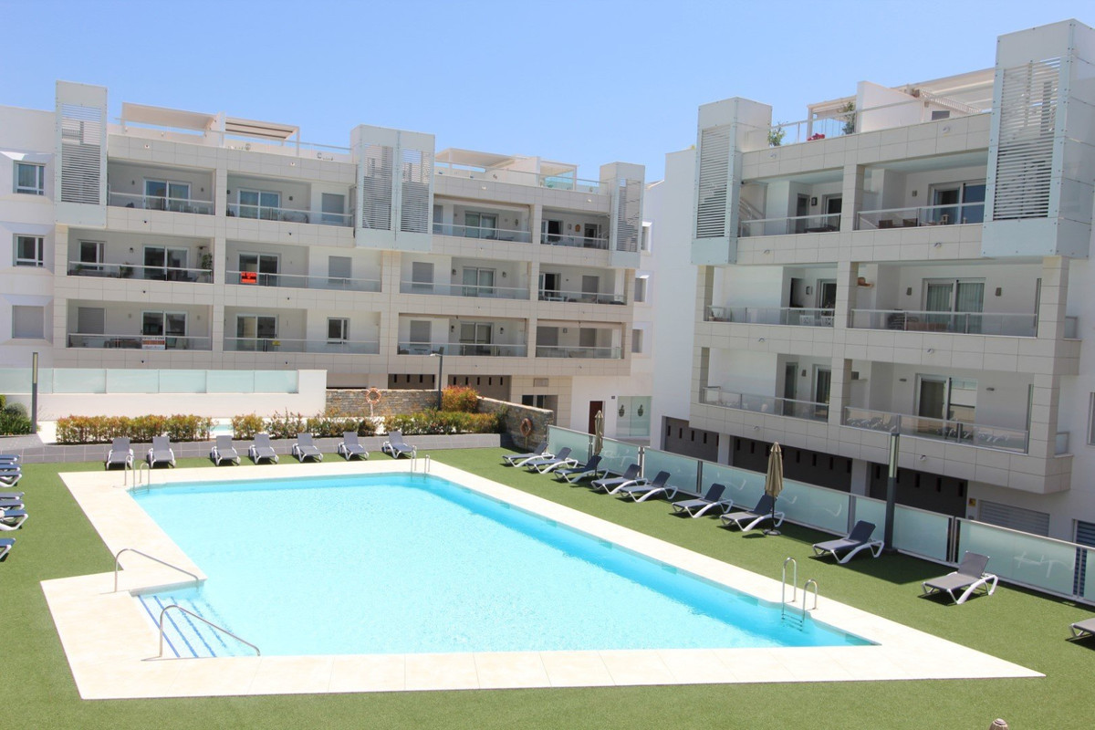 Two bedroom apartment available for long term rental in San Pedro beachside, a short walk from every,Spain