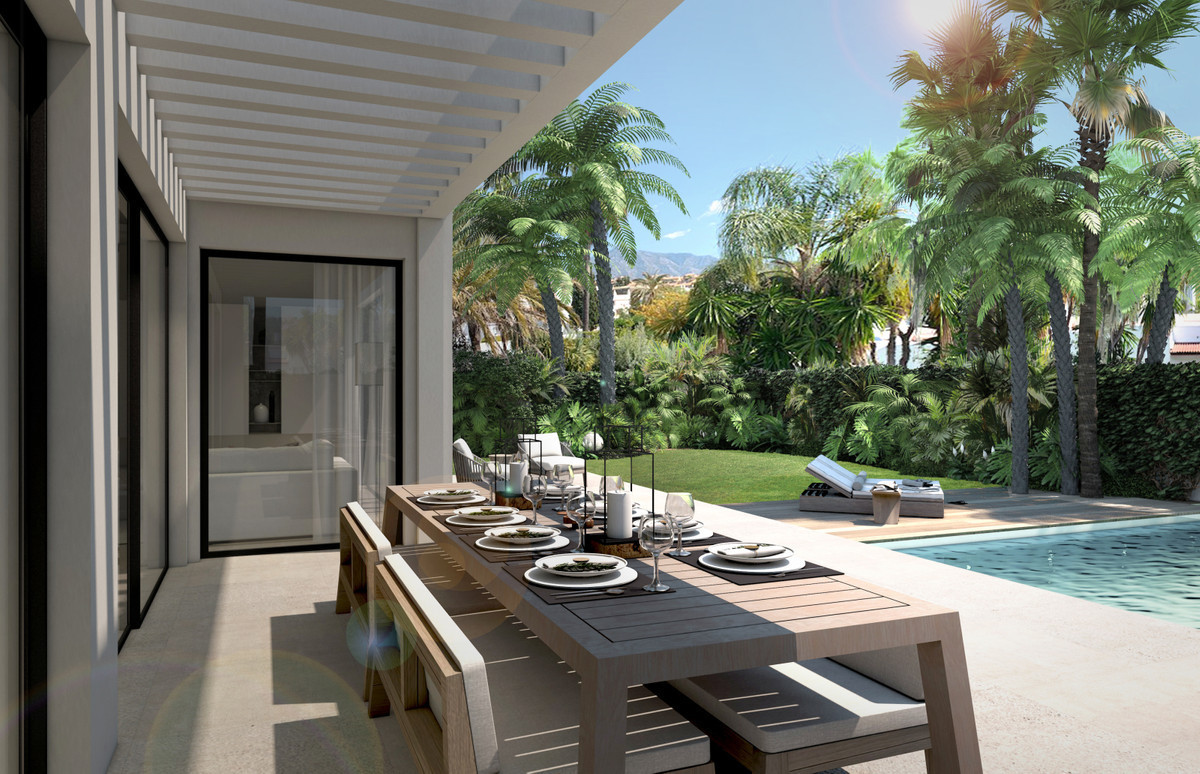 Perfectly located, newly built contemporary style detached home with five bedrooms, located between , Spain