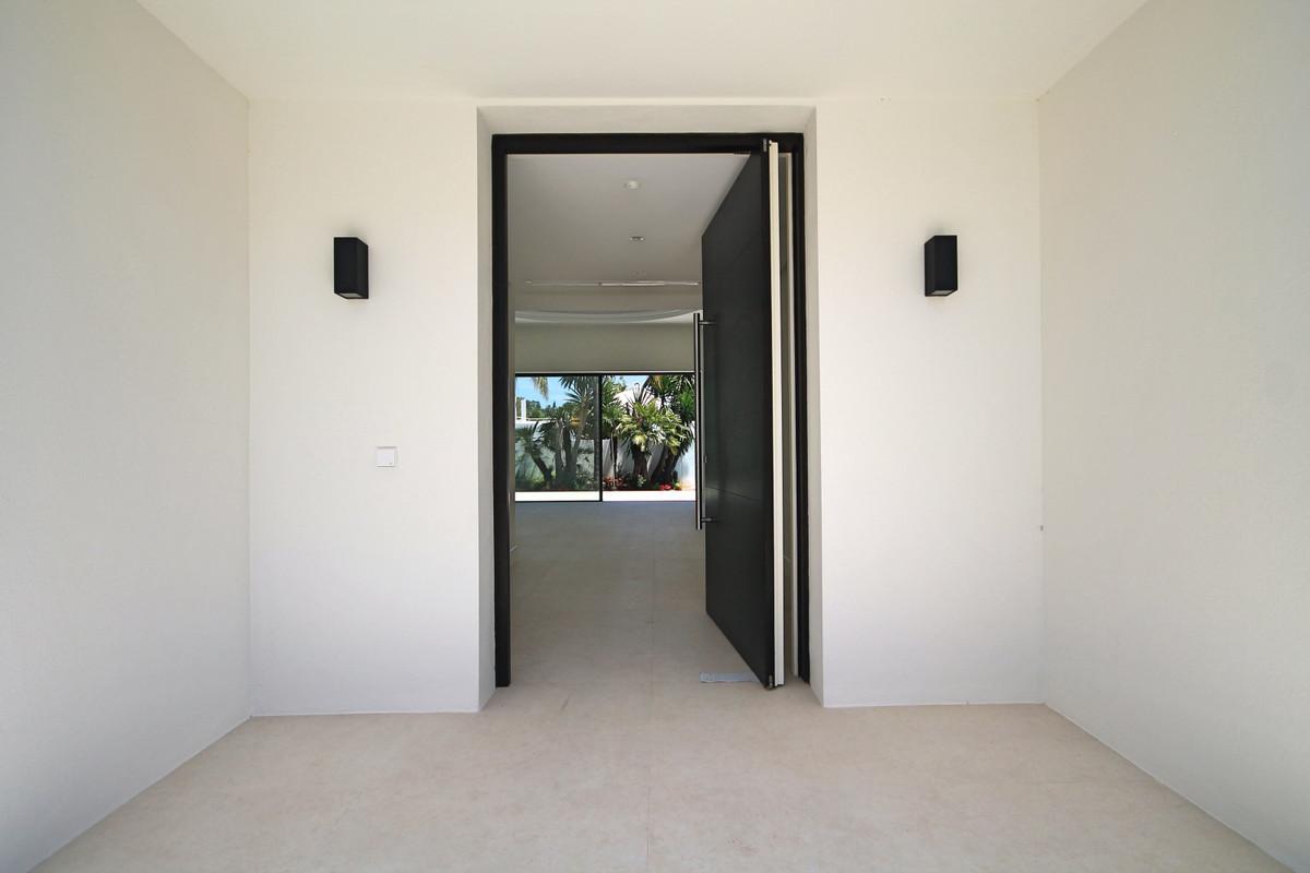 Villa – Chalet en Venta en Nueva Andalucía – R3438190