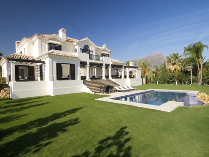 House - Las Brisas
