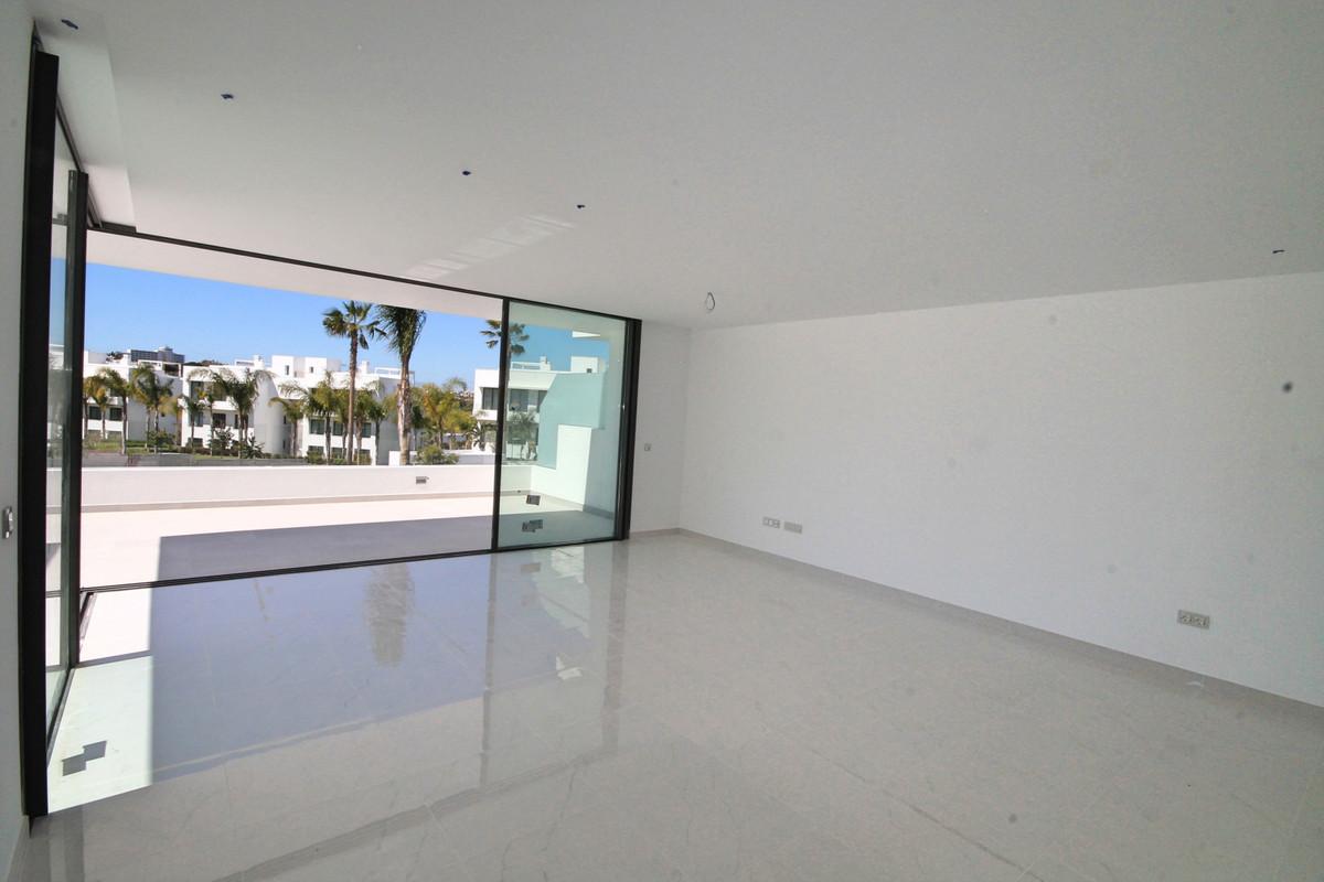 Apartamento en Venta en Atalaya – R3398425