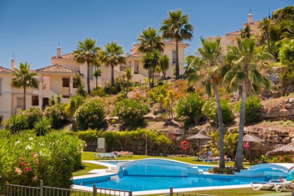 Marbella Banus Apartamento Planta Baja en Venta en Nueva Andalucía – R3752650