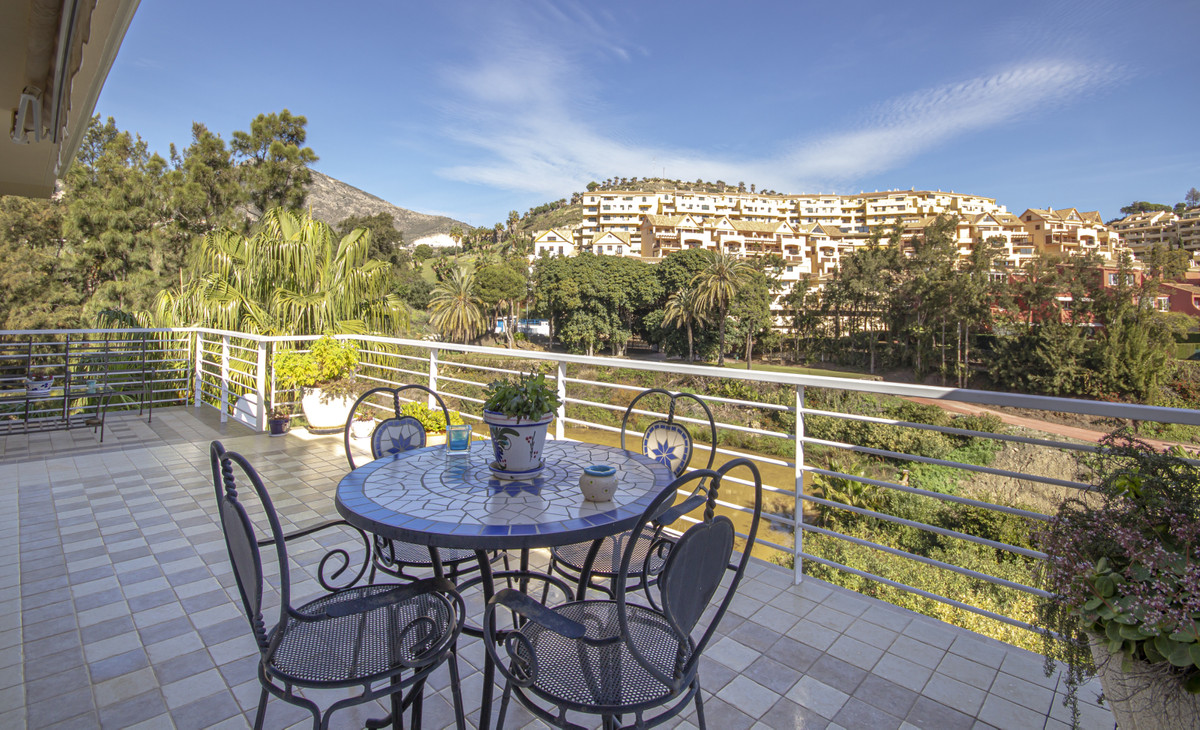 Spectacular duplex apartment built with top quality materials enjoying stunning views. The property , Spain