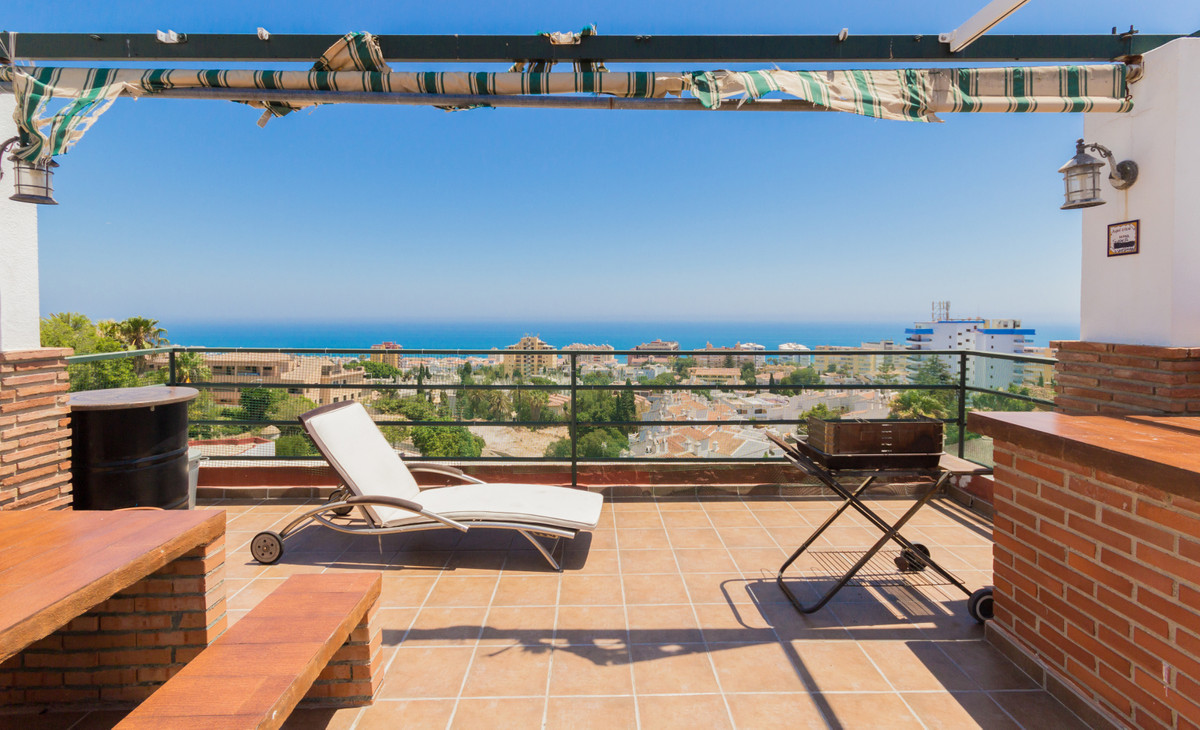A unique property located in Torremolinos, close to the beautiful beach of La Carihuela with its res,Spain