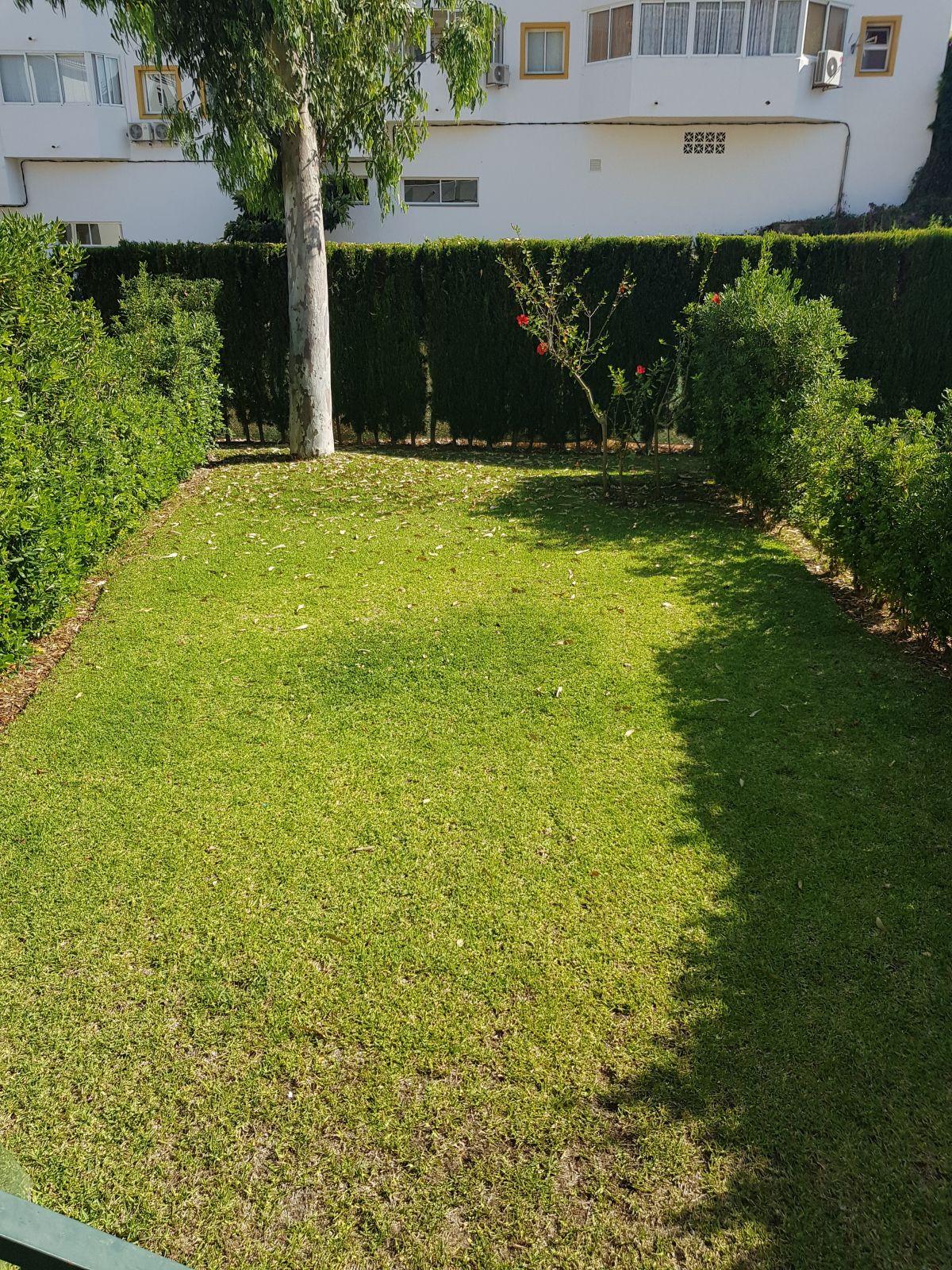 Apartamento en Venta en Calahonda – R3498832