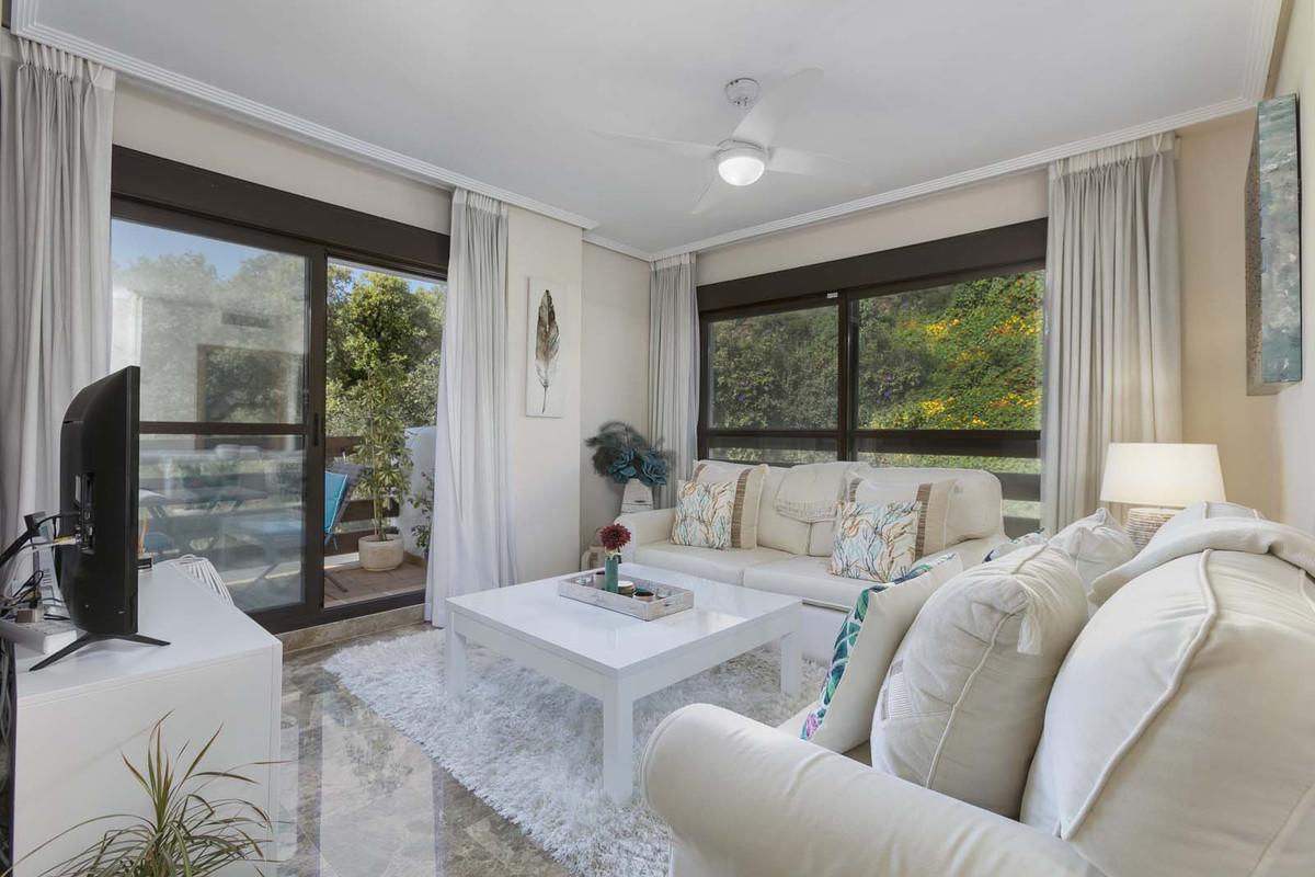 Marbella Banus Apartamento en Venta en Selwo – R3840565