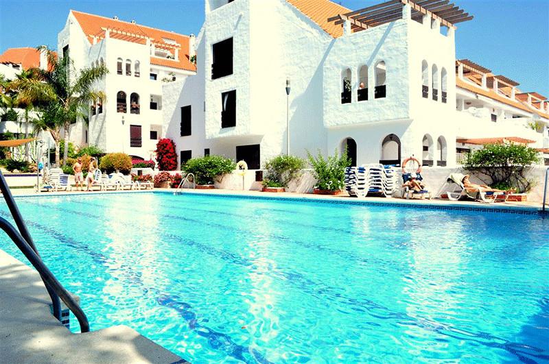 Marbella Banus Apartamento Planta Baja en Venta en Nueva Andalucía – R3294877