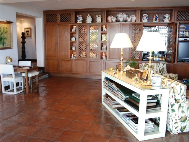 Villa / Property for Sale in The Golden Mile, Spain