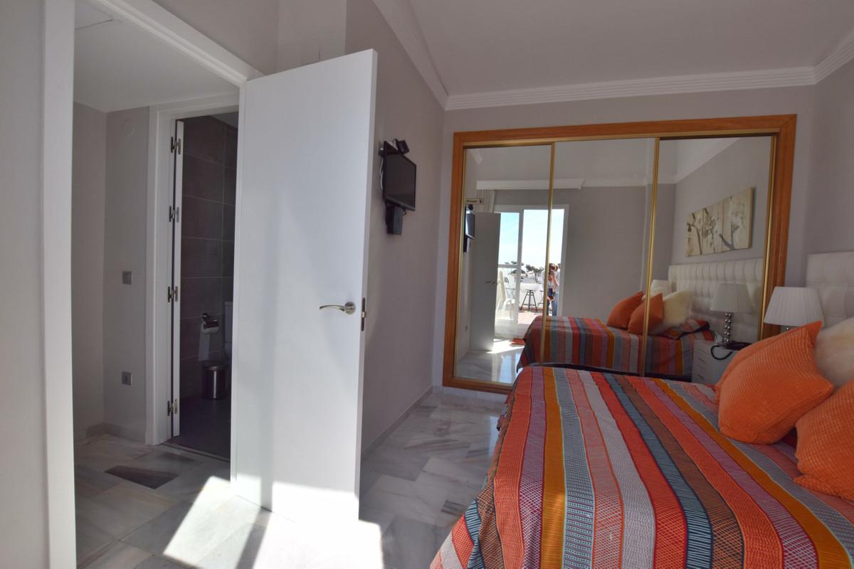 Adosado en Venta en Marbella – R3809590