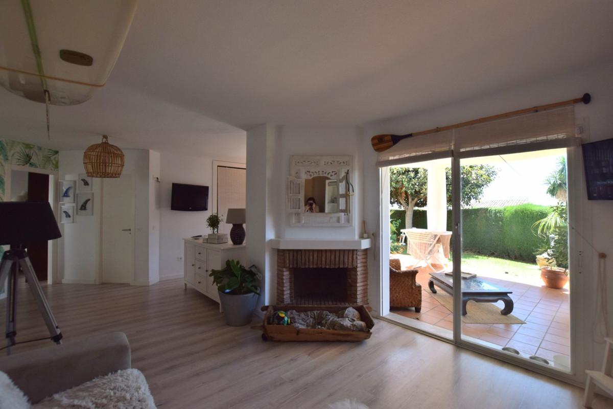 Apartamento en Venta en Calahonda – R3506761