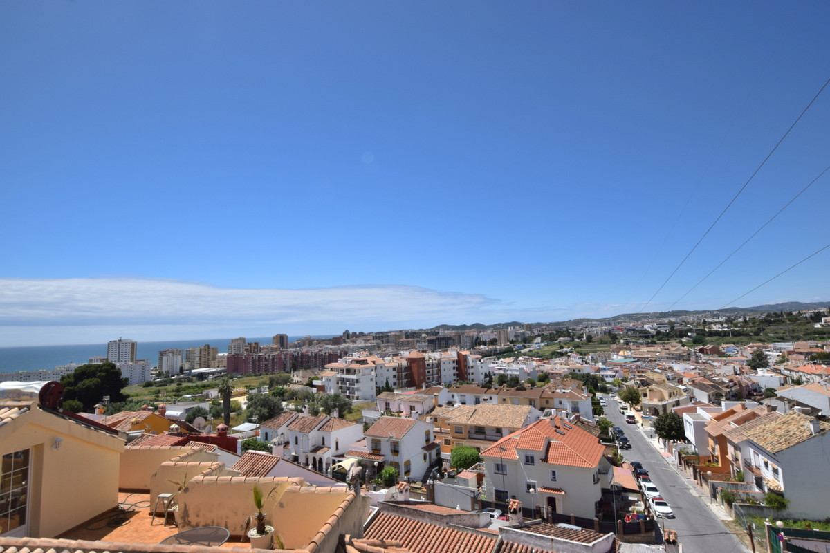 4 Bedroom Terraced Townhouse For Sale Los Pacos