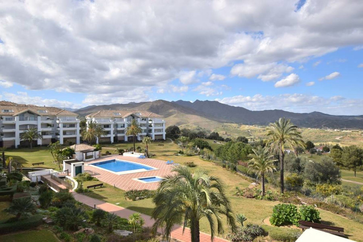 RENT WITH OPTION TO BUY- MUST PAY 1 YEAR UP FRONT  Situated in the heart of a golfers paradise, you ,Spain