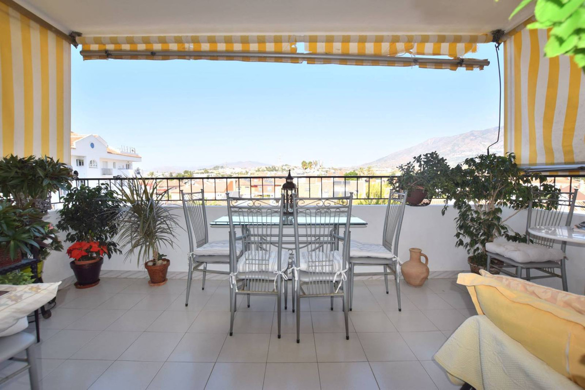 Middle Floor Apartment in Los Boliches R3012464