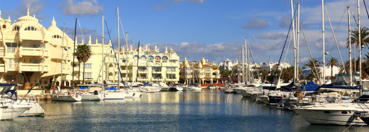 LOCATION!! REDUCED FROM 265.000 € TO 245.000 € Great Apartment in Benalmadena Costa, 50 metres from ,Spain