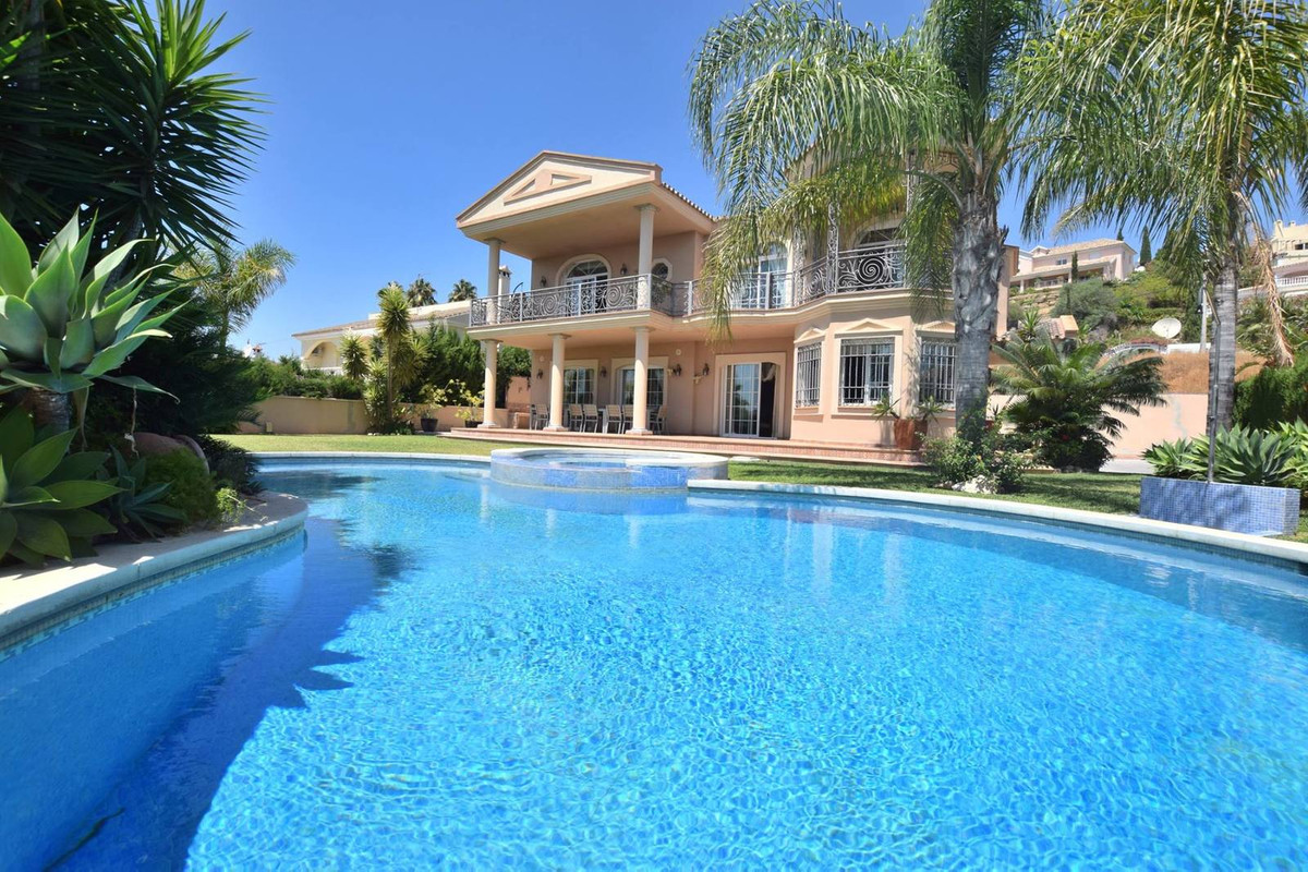 Great Villa located in Mijas Golf with a plot of 1080 m2 and  500 m2 built size  Spacious and luxuri, Spain