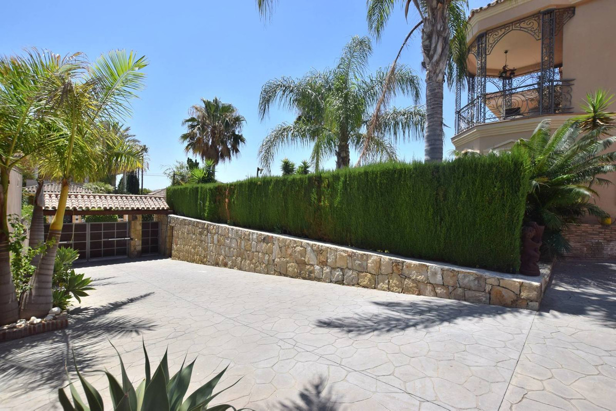 House in Mijas Golf R2785388 4