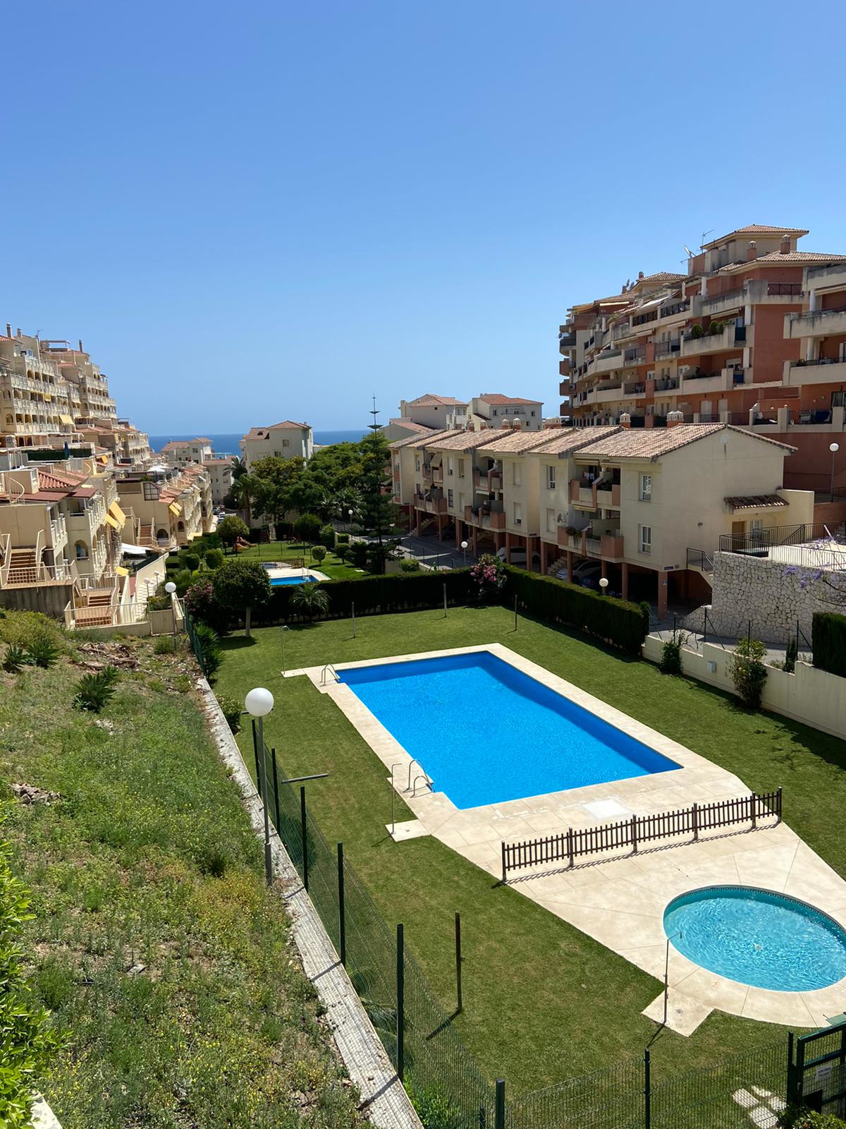 Price reduced for a quick sale !! Needs total reform 2 bedroom Apartment located in Benalmadena Cost, Spain