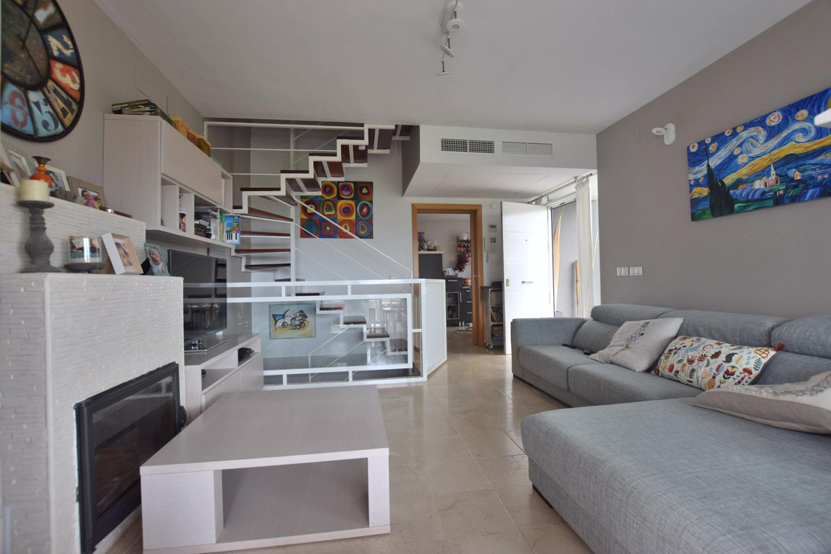 Semi detached Modern House located in the higher part of Torreblanca, not walking distance to amenit, Spain
