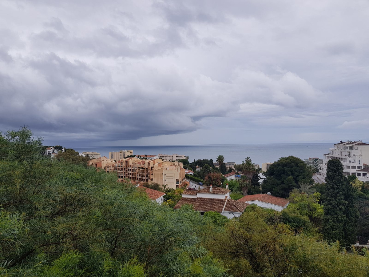 OPPORTUNITY for investment PLOT for sale in the lower part of Torreblanca with sea views  8 minute w,Spain