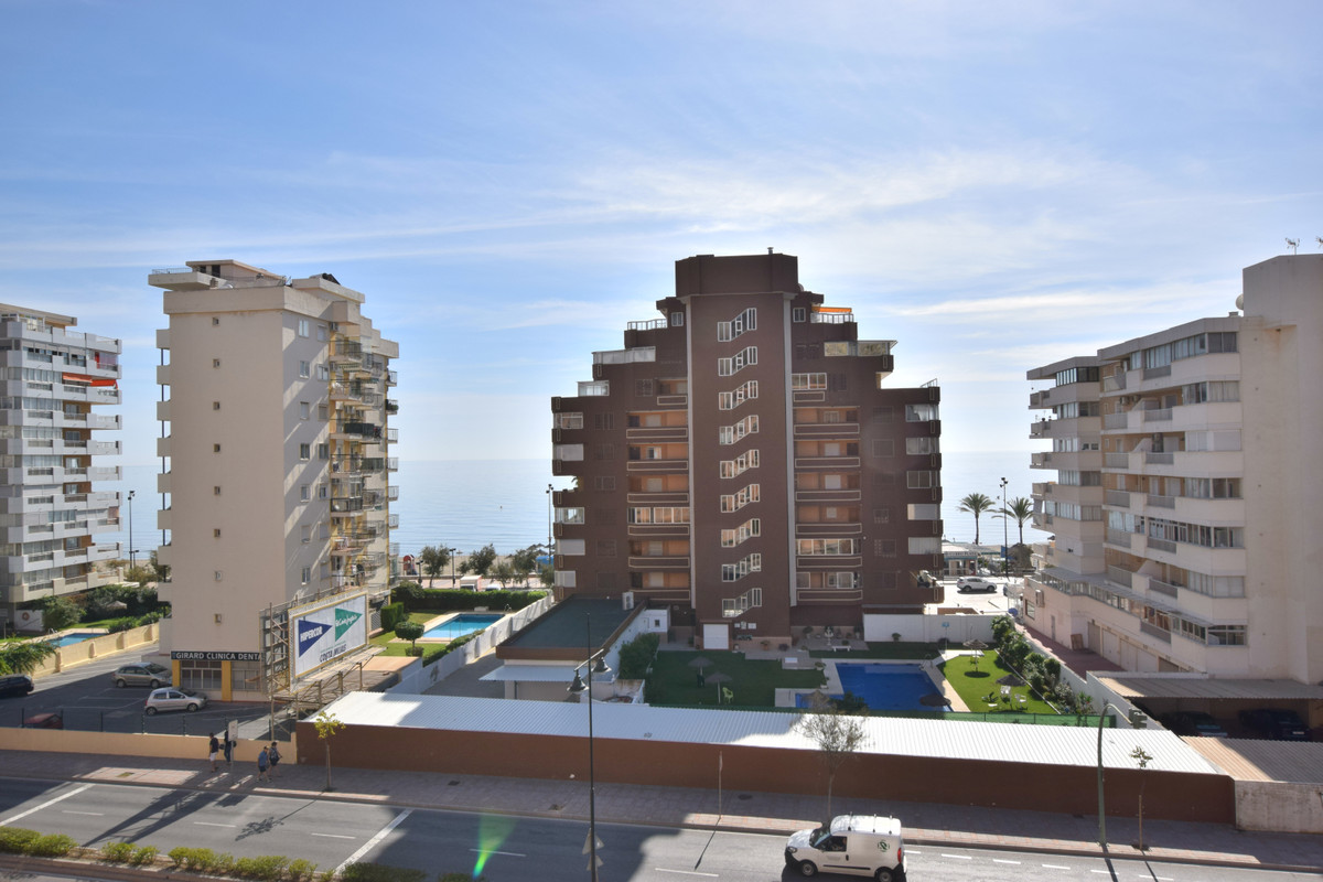IBI; 600€ /year Community; 45€/month   Rubbish; 80€/year PRICE REDUCED FROM 270.000 € TO 240.000 € A,Spain