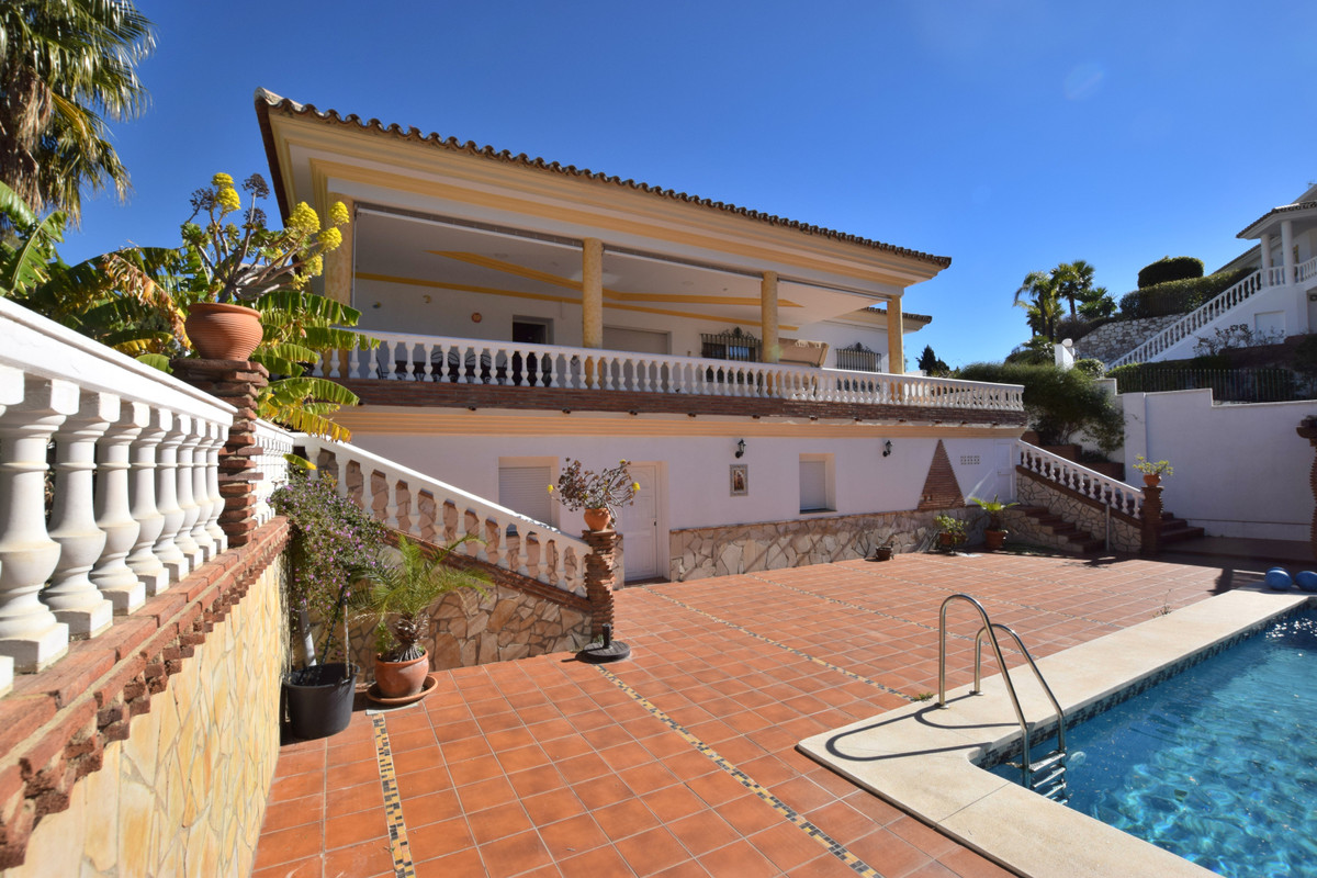 Hus in Benalmadena Costa R3344557 2