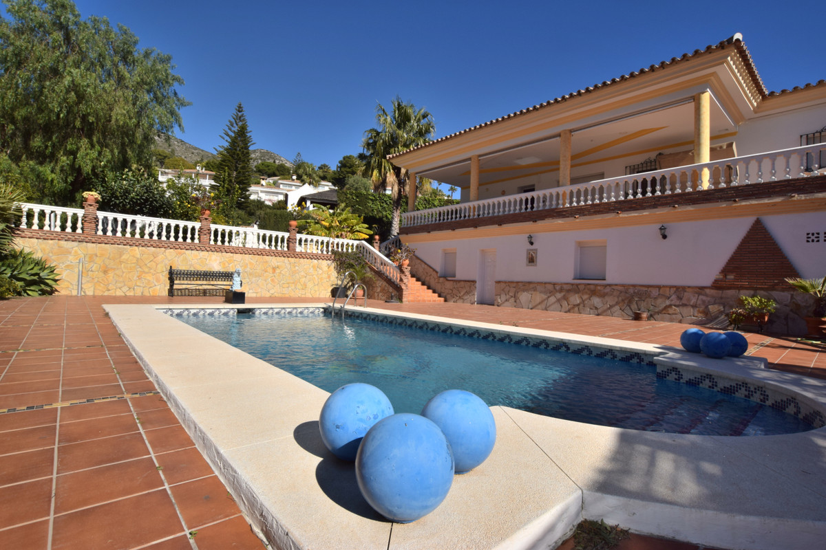 Hus in Benalmadena Costa R3344557 3