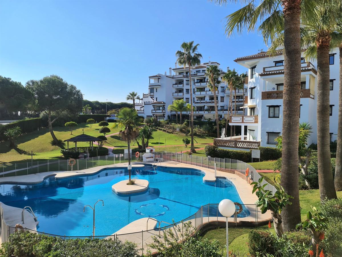 Marbella Banus Apartamento en Venta en Calahonda – R3771049