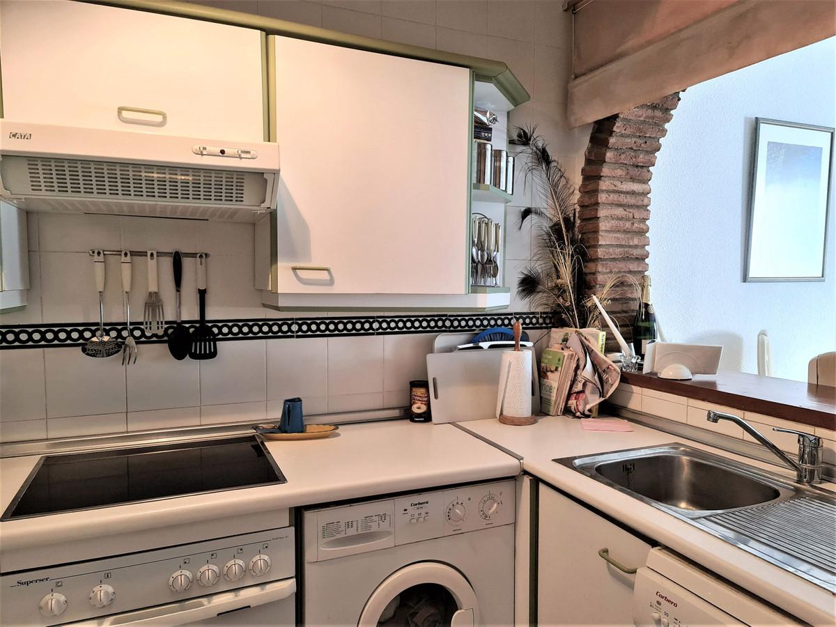 Apartamento en Venta en Calahonda – R3771049