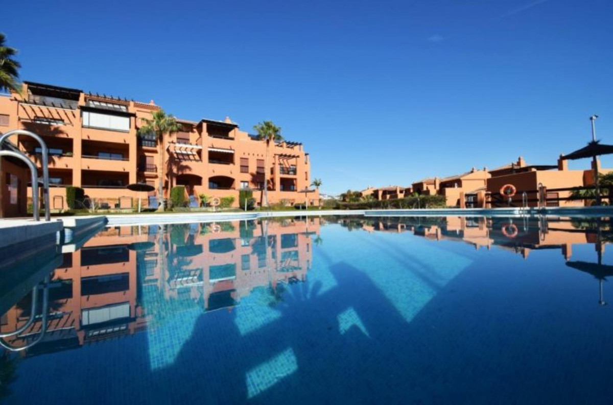 Marbella Banus Apartamento Planta Baja en Venta en Benahavís – R3749437