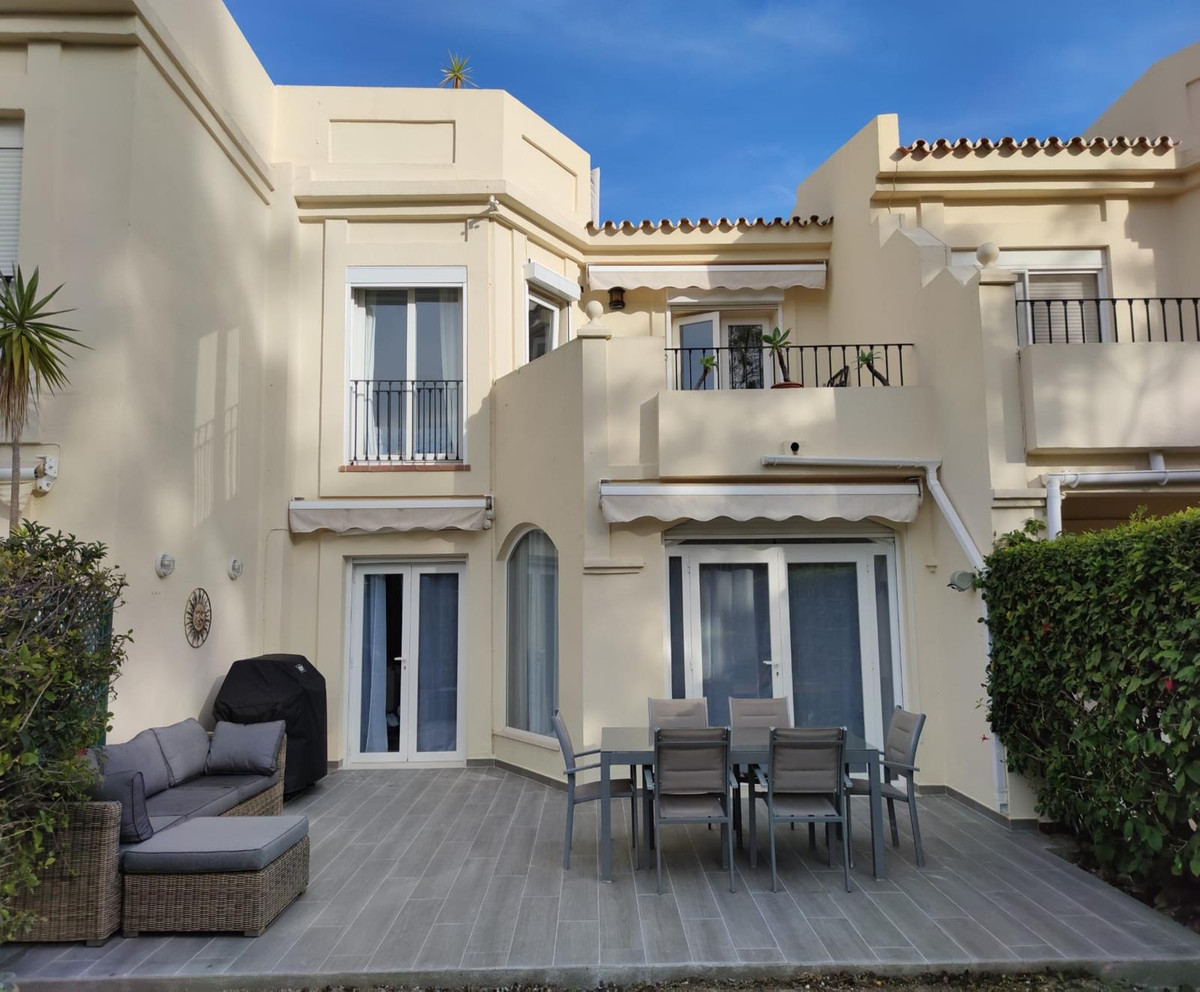 A bright spacious and beautiful townhouse, recently modernised, in the ever popular development of L,Spain
