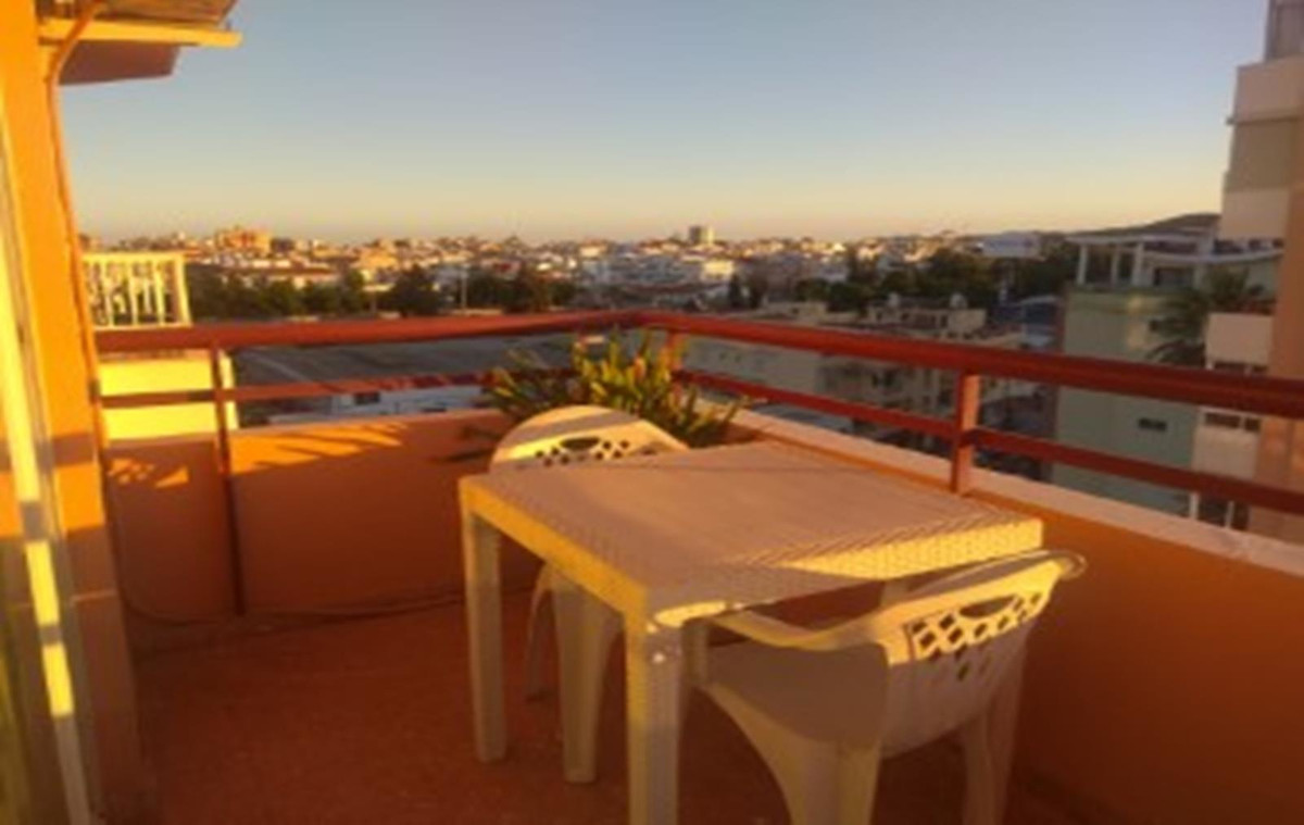 Lovely 2 bedroom apartment with lots of light as all the rooms face the outside, good views and a we, Spain