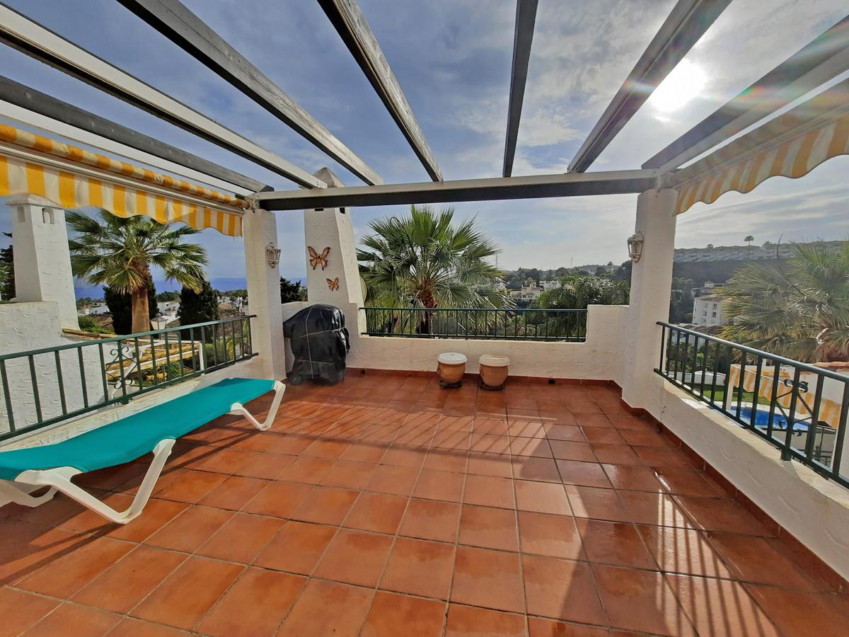 Marbella Banus Apartamento en Venta en Calahonda – R3739504