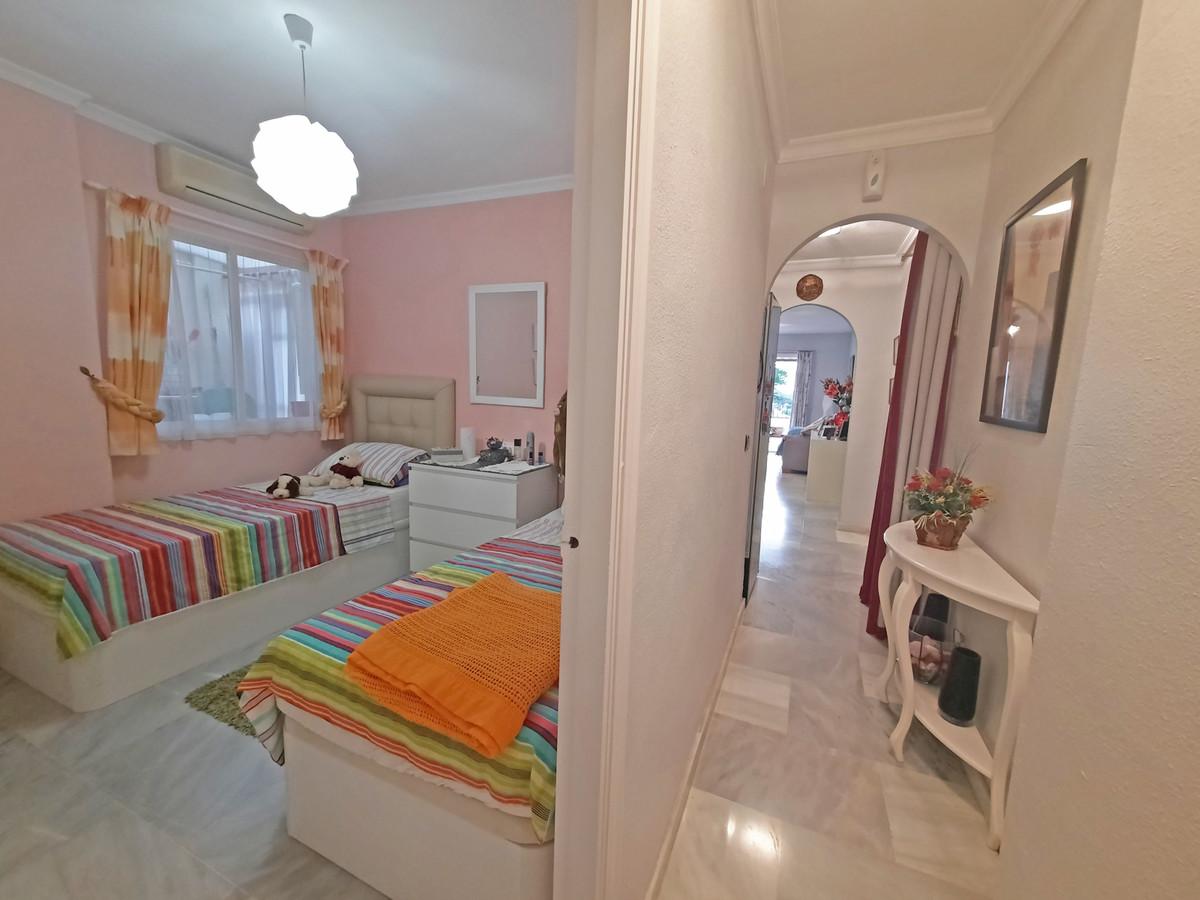 Apartamento en Venta en Calahonda – R3739504