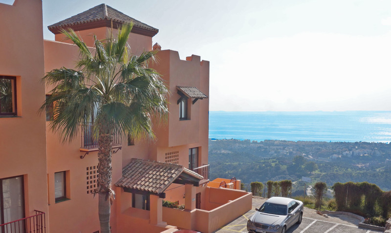 Apartamento Planta Media en venta, Calahonda – R3326689