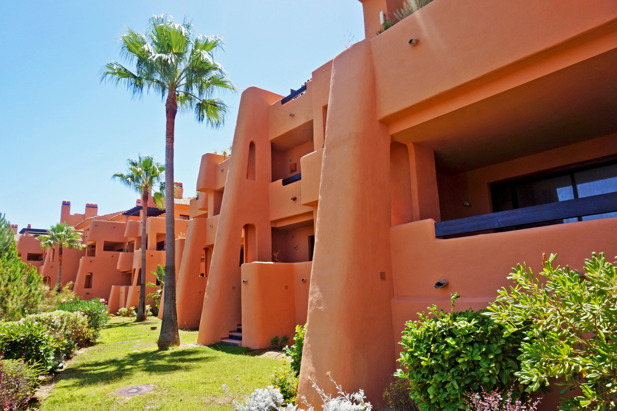 Brand new luxury penthouse apartment with 3 bedrooms and 2 bathrooms situated in the beautiful compl, Spain