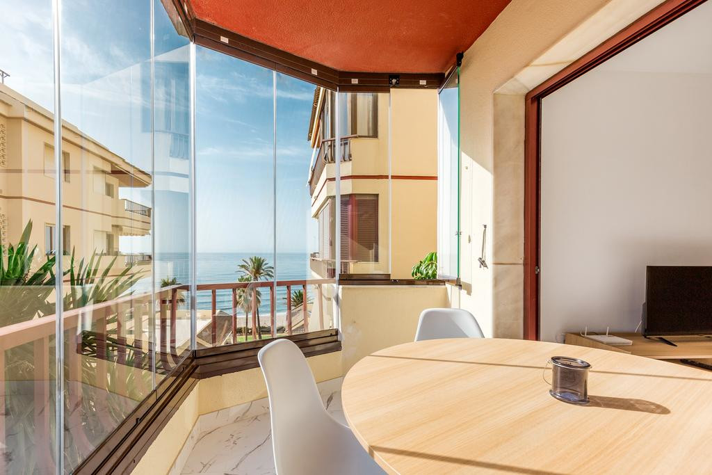 Great opportunity to own a stunning renovated apartment in a first line beach complex with sea views,Spain
