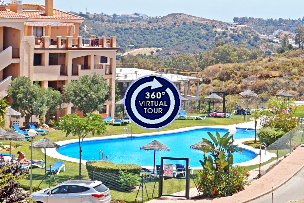 This 2B/2B apartment is situated only 5mn drive from the center of the sought after village of La Ca,Spain