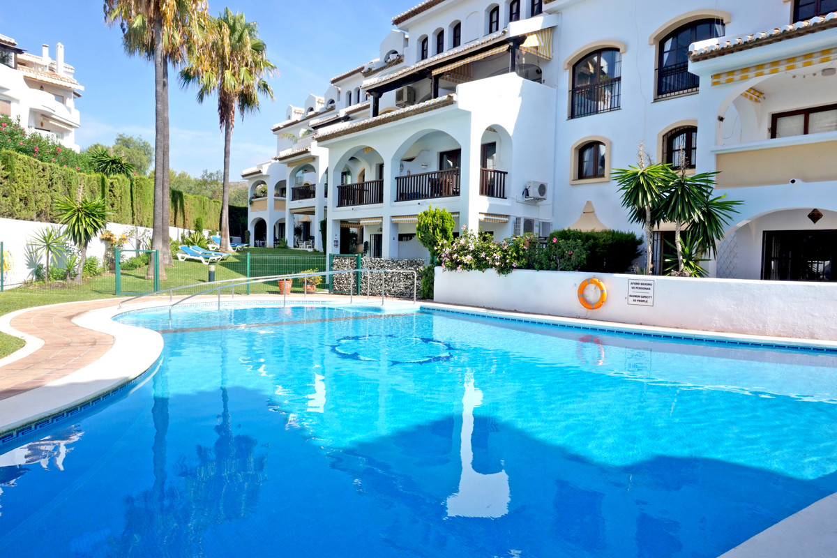 Lovely apartment situated in El Caserio de Calahonda on a second floor with nice open views. The apa,Spain