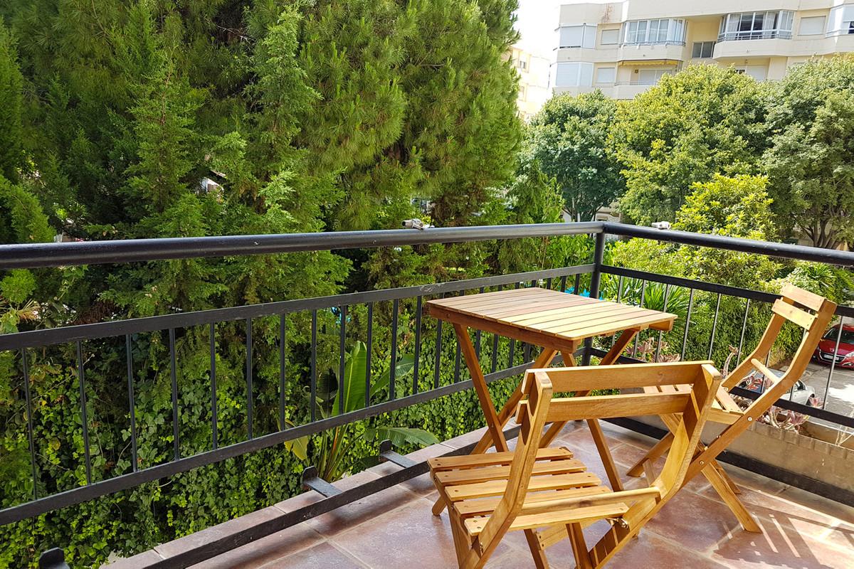 Marbella Banus Apartamento en Venta en Marbella – R3847681