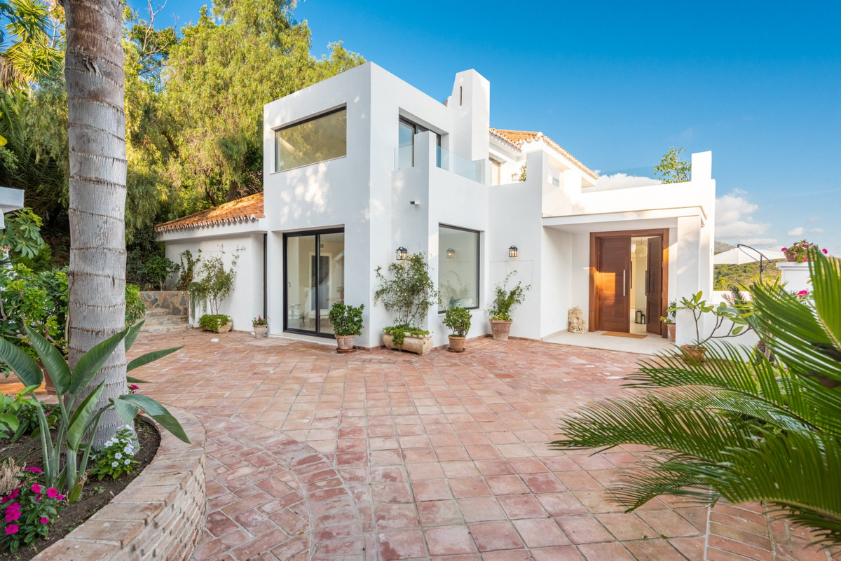 This absolutely stunning property, which is beautifully designed has just been totally newly renovat,Spain