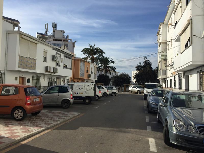Semi-Detached House - Estepona - R3599453 - mibgroup.es